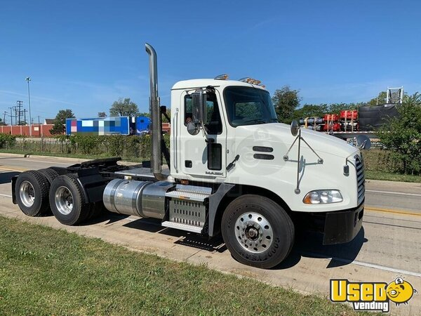 2015 Cxu613 Mack Semi Truck Ohio for Sale