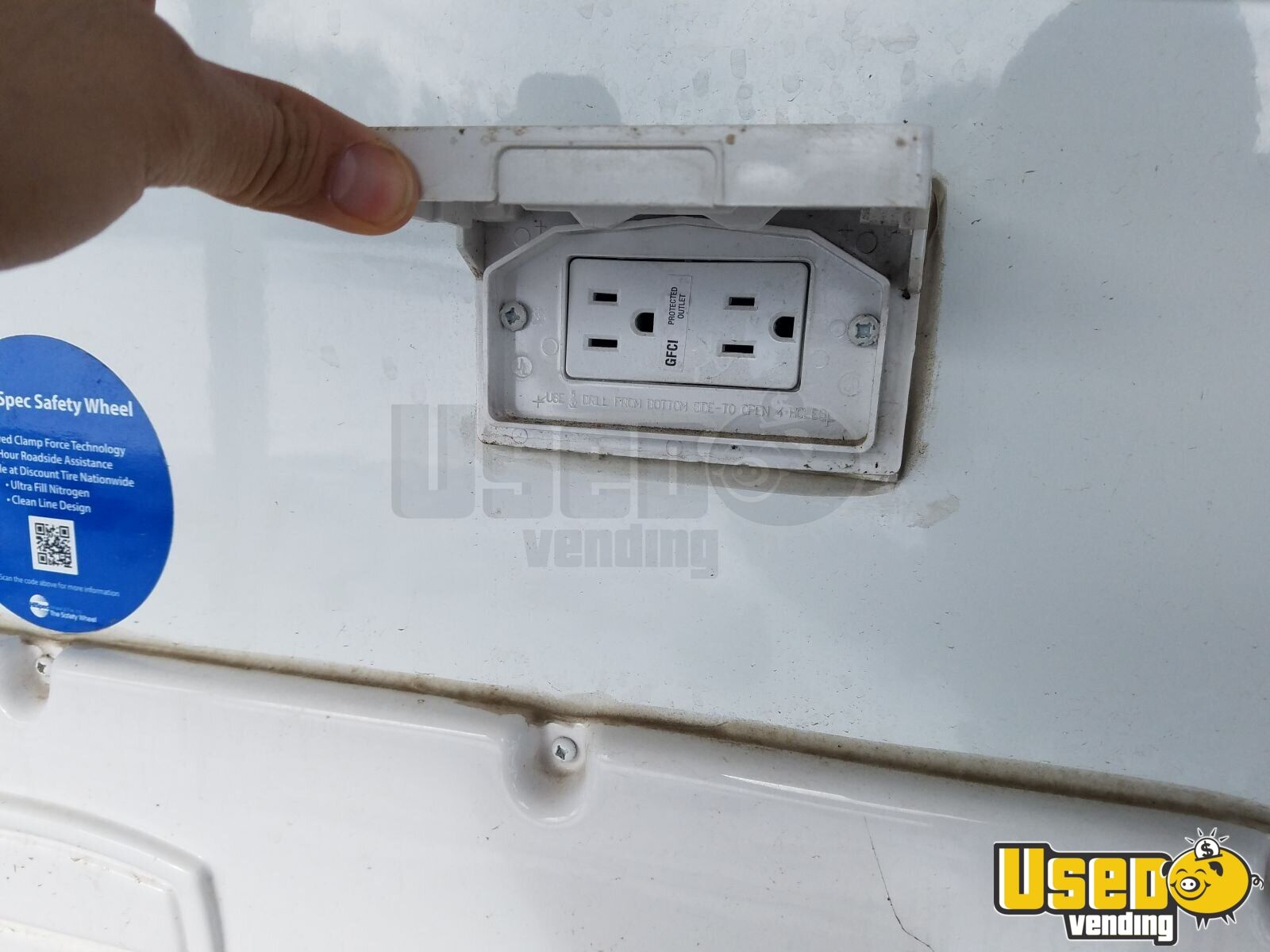 2015 Travellite I15q Other Mobile Business A/c Power Outlets Washington for Sale - 14