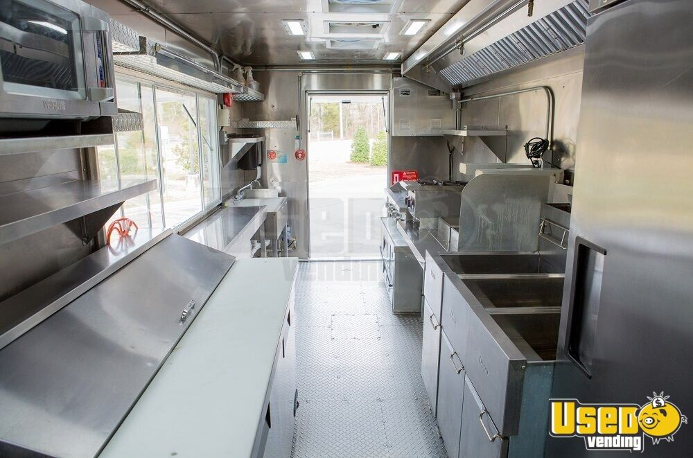 2016 16' F59 Kitchen Food Truck All-purpose Food Truck Insulated Walls Virginia Gas Engine for Sale - 6