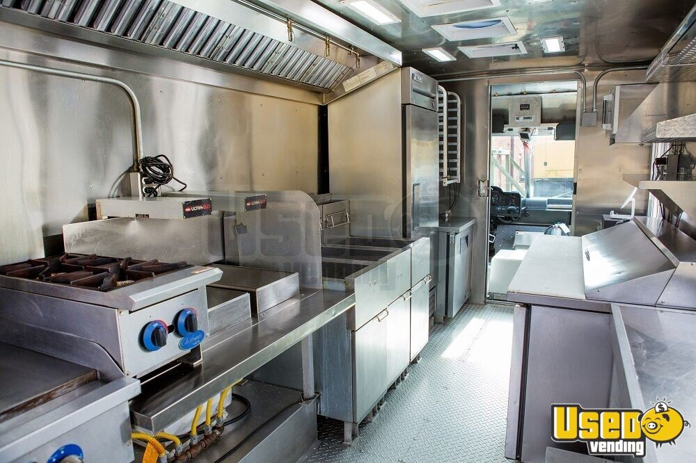 2016 16' F59 Kitchen Food Truck All-purpose Food Truck Spare Tire Virginia Gas Engine for Sale - 4