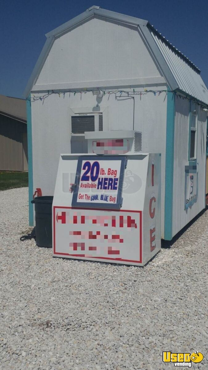 2016 Custom Built Snowball Trailer Insulated Walls Missouri for Sale - 4