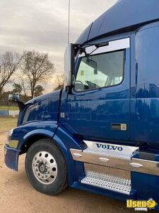 2016 Vnl 780 Sleeper Cab Semi Truck Volvo Semi Truck 8 California for Sale