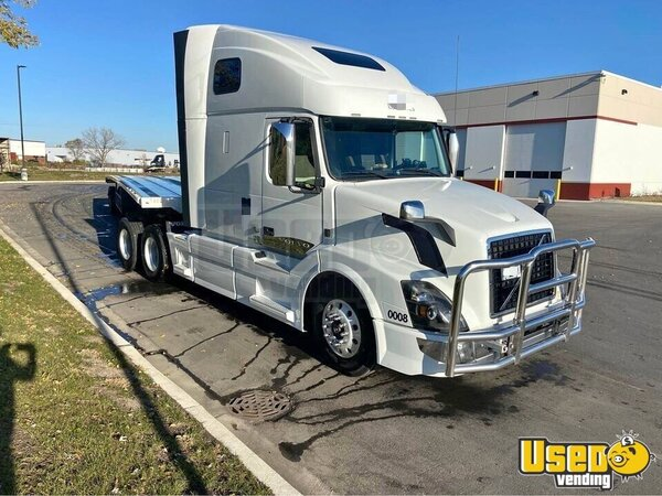 2016 Vnl670 Sleeper Cab Semi Truck Volvo Semi Truck Illinois for Sale