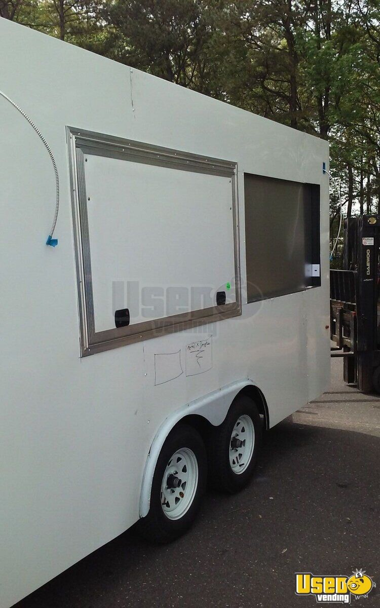 2017 All-purpose Food Trailer Concession Window North Carolina Diesel Engine for Sale - 2