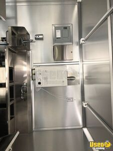 2017 All-purpose Food Trailer Stainless Steel Wall Covers North Carolina Diesel Engine for Sale