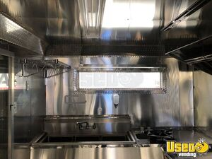 2017 Amazing Food Truck All-purpose Food Trailer Floor Drains Texas Gas Engine for Sale