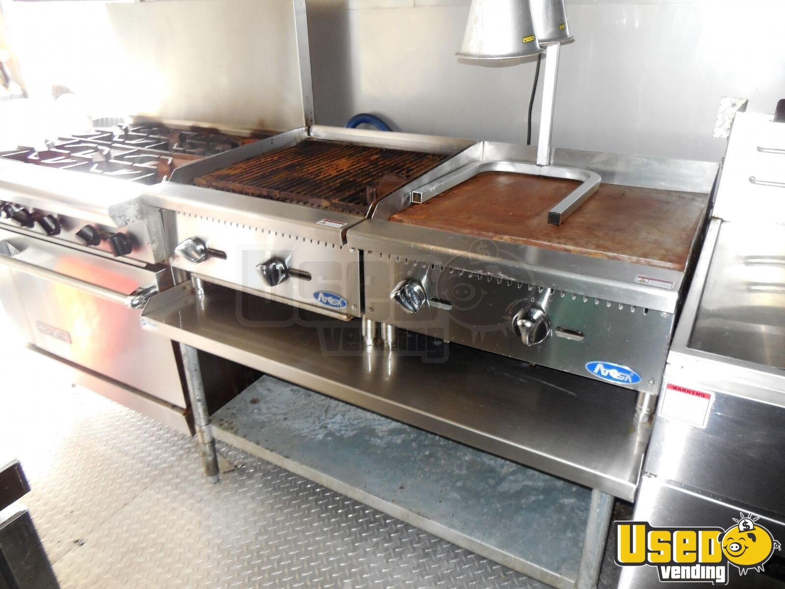 2017 Custome Kitchen Food Trailer Diamond Plated Aluminum Flooring Florida for Sale - 8