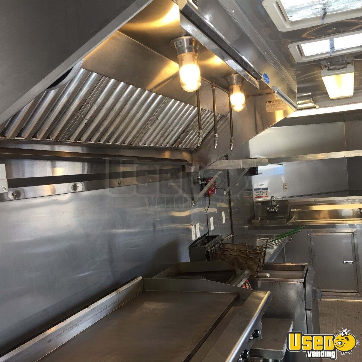2017 Food Concession Trailer Kitchen Food Trailer Insulated Walls Oklahoma for Sale - 6
