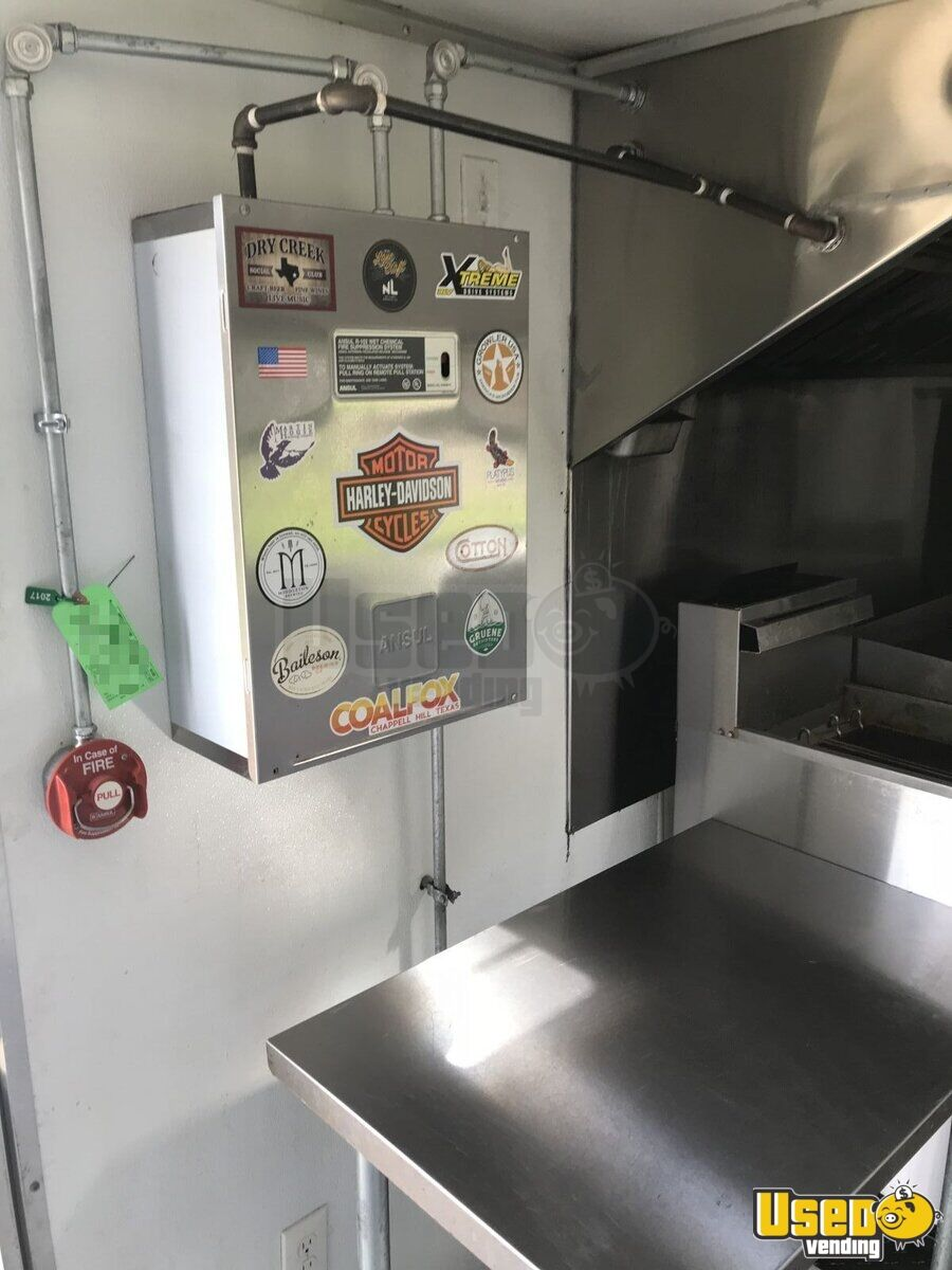 2017 Texas Trailer Country 8.5x20ta Covered Wagon Cargo Trailer All-purpose Food Trailer Fryer Texas for Sale - 16