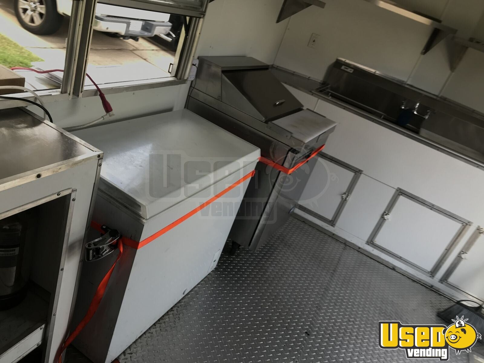2017 Texas Trailer Country 8.5x20ta Covered Wagon Cargo Trailer All-purpose Food Trailer Prep Station Cooler Texas for Sale - 12
