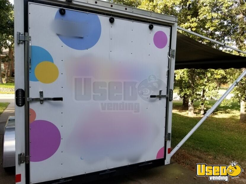 2017 Wells Cargo Mobile Boutique Truck Interior Lighting Texas for Sale - 5