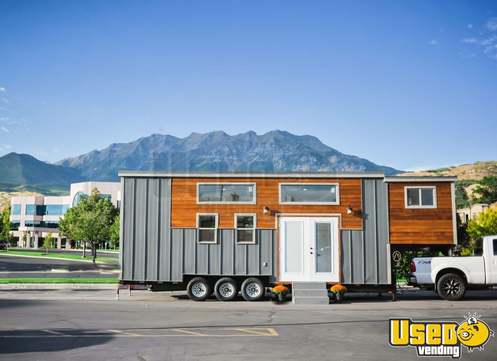 2018 Alpine Tiny Homes Mobile Hair Salon Truck Air Conditioning Utah for Sale - 2