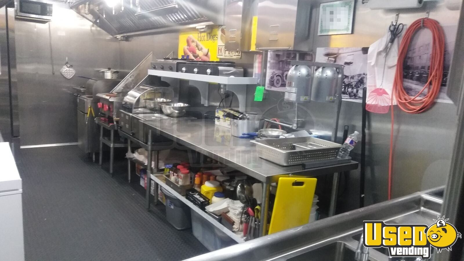 2018 Food Concession Trailer Kitchen Food Trailer Stainless Steel Wall Covers Texas for Sale - 5