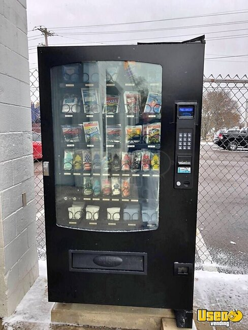 2018 Seage Infinity Combo Electrical Snack/soda Ohio for Sale