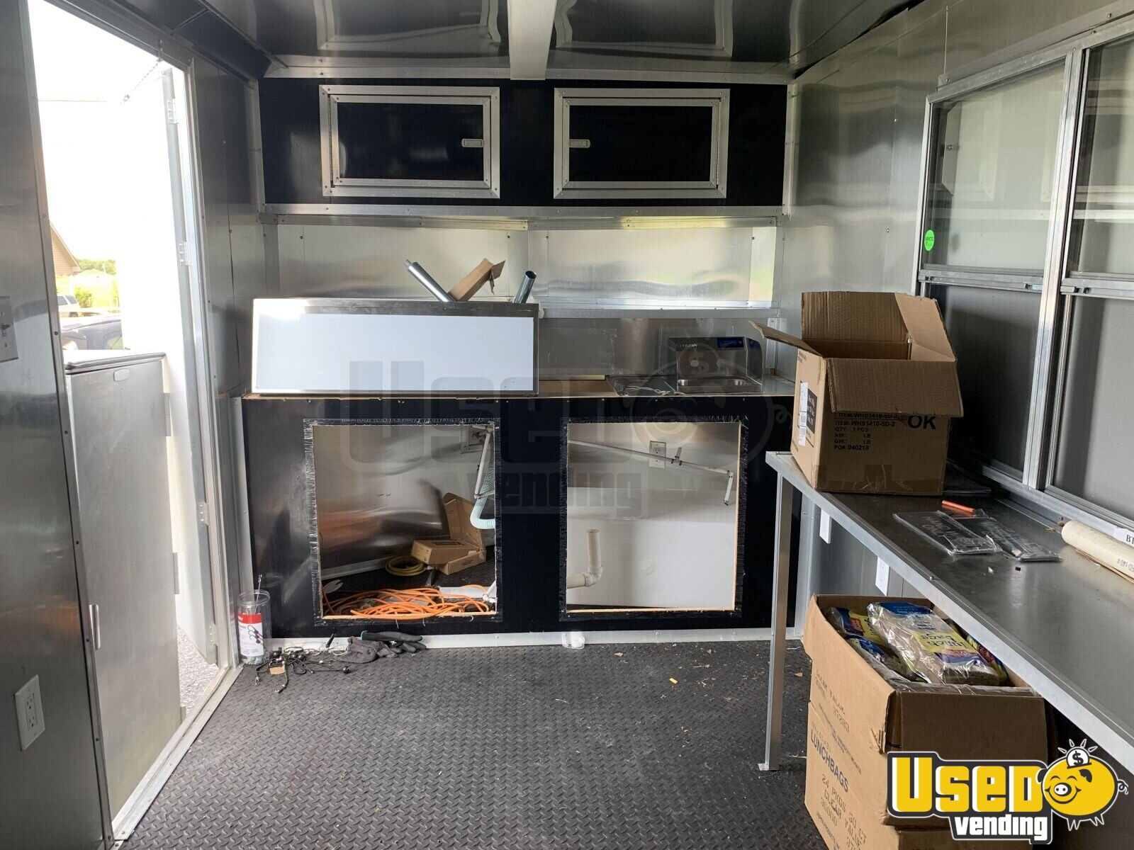 2018 Wow Cargo Trailer All-purpose Food Trailer Cabinets Tennessee for Sale - 4
