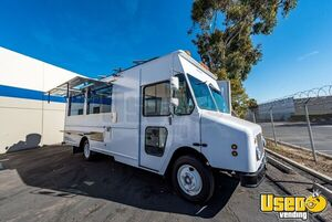 New Custom-Built 2019 18' Diesel Step Van Food Truck w/ Commercial Kitchen for Sale in California!