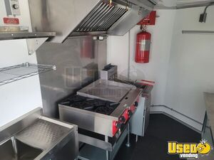 2020 V-nose Kitchen Food Trailer Kitchen Food Trailer Stainless Steel Wall Covers North Carolina for Sale