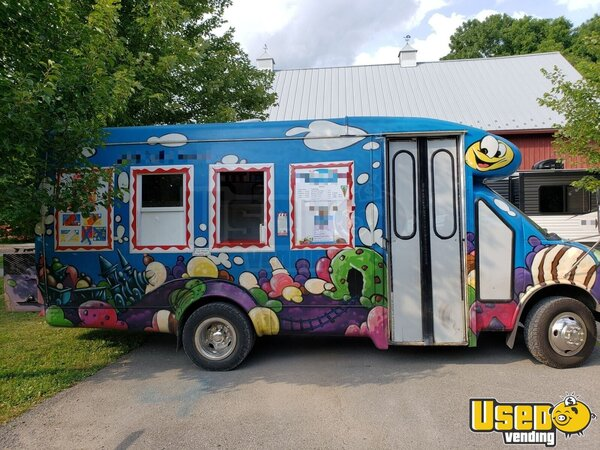 3500 Ice Cream Truck New York Gas Engine for Sale