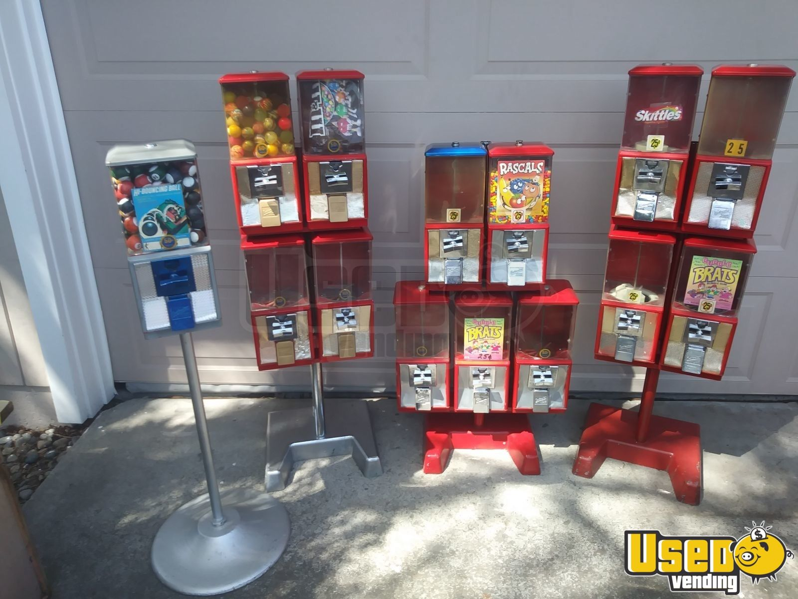 Huge Lot of Bulk Candy & Toy Vending Machines + Parts for Sale in  California!!!