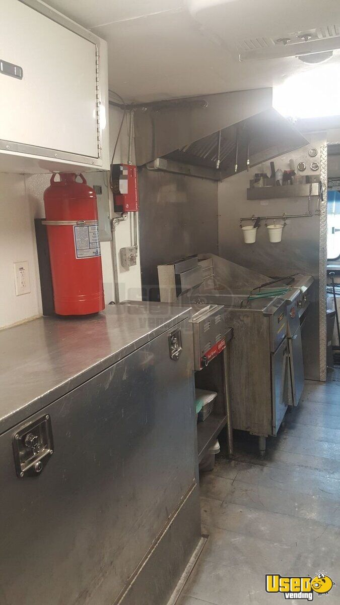 90 Gmc Grumman Olsen All-purpose Food Truck Exterior Customer Counter Tennessee Diesel Engine for Sale - 7