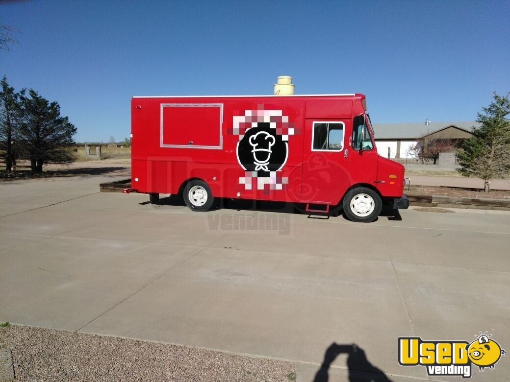 93 1993 Oshkosh All-purpose Food Truck Concession Window Colorado Diesel Engine for Sale - 3
