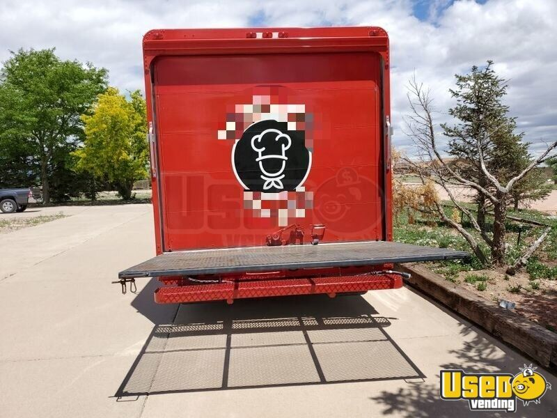 93 1993 Oshkosh All-purpose Food Truck Refrigerator Colorado Diesel Engine for Sale - 8