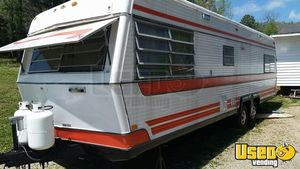 7.4' x 26' Used Food Concession Trailer for Sale in Tennessee!!!