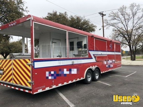 2017 - 32' Food Concession Trailer with Porch for Sale in Texas!!!