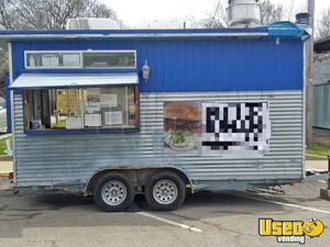 2009 Used Food / Concession Trailer for Sale in Texas!