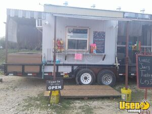 22' Food Concession Trailer with Porch for Sale in Texas!!!