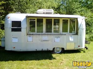 1963 - 7' x 15' Vintage Food Concession Trailer for Sale in West Virginia!!!