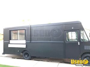 2004 Workhorse Step Van Food Truck / Commercial Mobile Kitchen for Sale in Arizona!!!