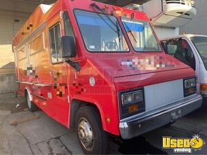 2006 Workhorse Mobile Kitchen Food Truck with Pro Fire Suppression for Sale in California!!!