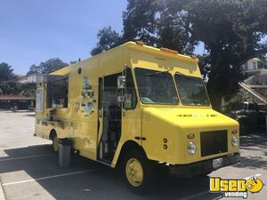 2000 - 27' Freightliner Step Van Food Truck with a Lightly Used Kitchen for Sale in California!