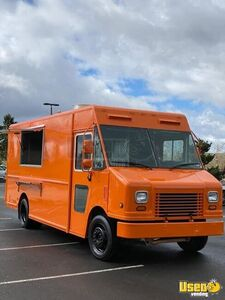Nicely Equipped 2008 Workhorse Step Van Kitchen Food Truck for Sale in California!