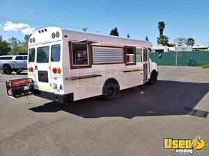 2007 Chevy Midbus Food Truck for Sale in California!!!