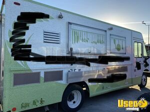 2006 18' Freightliner MT45 Diesel Food Truck / Professional Mobile Kitchen for Sale in California!