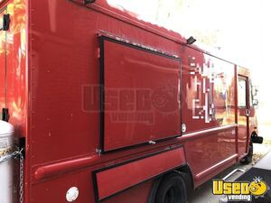 Used P32 Step Van Kitchen on Wheels/Food Truck in Excellent Working Condition for Sale in Colorado!