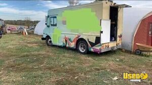 2005 Chevy Workhorse 18' Step Van Kitchen Food Truck for Sale in District of Columbia!