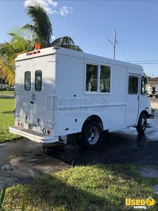 2002 Workhorse Food Truck for Sale in Florida!!!