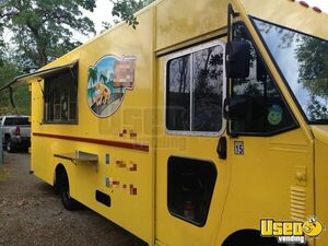 Turnkey Chevrolet Utilimaster Food Truck / Mobile Kitchen for Sale in Florida!