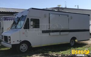 Low Mileage Diesel Chevrolet P30 Step Van Food Truck with Unused 2020 Kitchen for Sale in Florida!