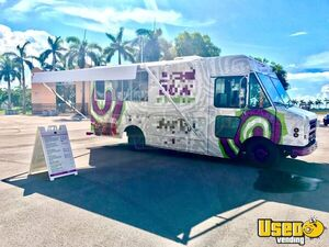 2002 Food Cart USA Diesel Work Horse 22' Stepvan Food Truck/Used Mobile Kitchen for Sale in Florida!