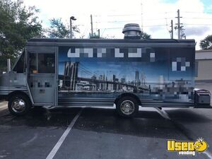 2001 Chevy Workhorse Mobile Kitchen Loaded Used Food Truck for Sale in Florida!!!