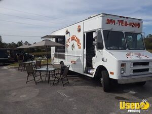 Chevy P30 Workhorse Step Van Mobile Kitchen Food Truck for Sale in Florida!!!