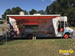 Very Clean Chevrolet Step Van Kitchen Food Truck / Used Mobile Kitchen for Sale in Florida!