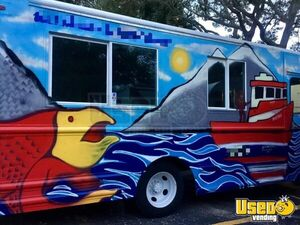 28' Chevy Workhorse DIESEL Food Truck Turnkey Biz for Sale in Florida!