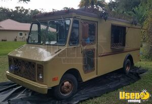 Attention-Grabbing Remodeled GMC Step Van Kitchen on Wheels / Used Food Truck for Sale in Florida!