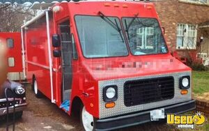 22' GMC Step Van Food Truck / Loaded Mobile Kitchen Pro Fire Suppression System for Sale in Georgia!