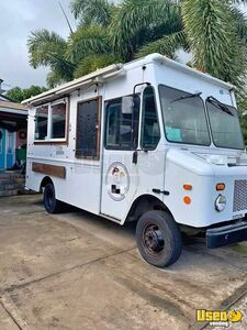 2004 Workhorse Morgan Olson Loaded Step Van Mobile Kitchen Food Truck for Sale in Hawaii!